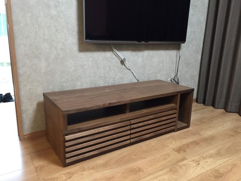 ウォールナット伸長式テレビボード