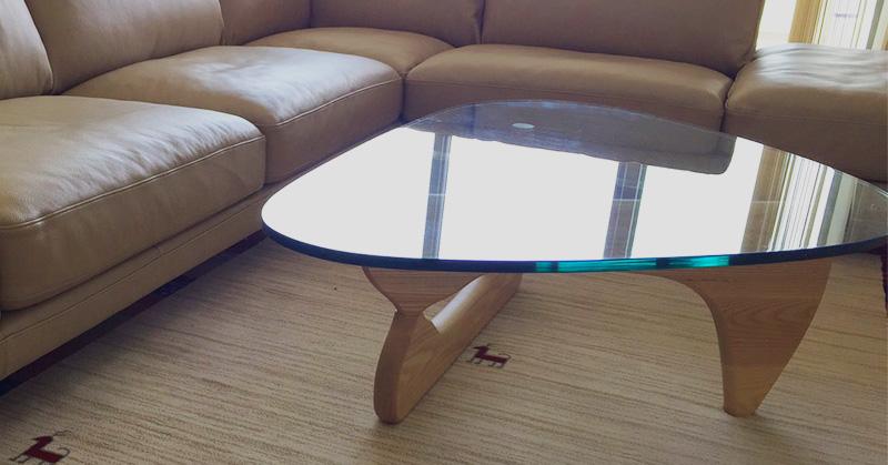 イサムノグチカフェテーブル