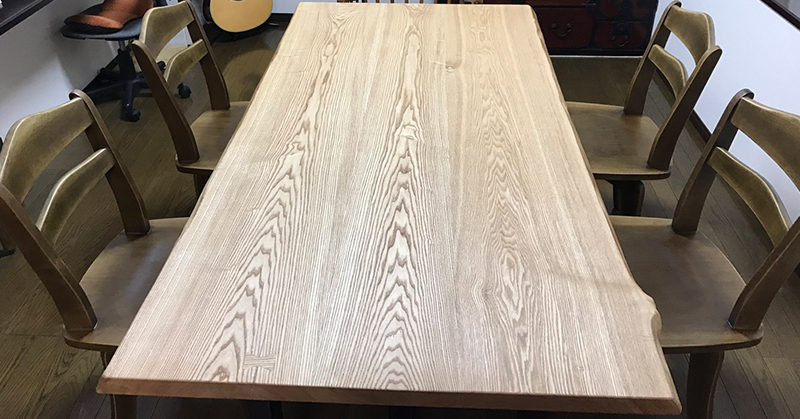 タモ材一枚板テーブル