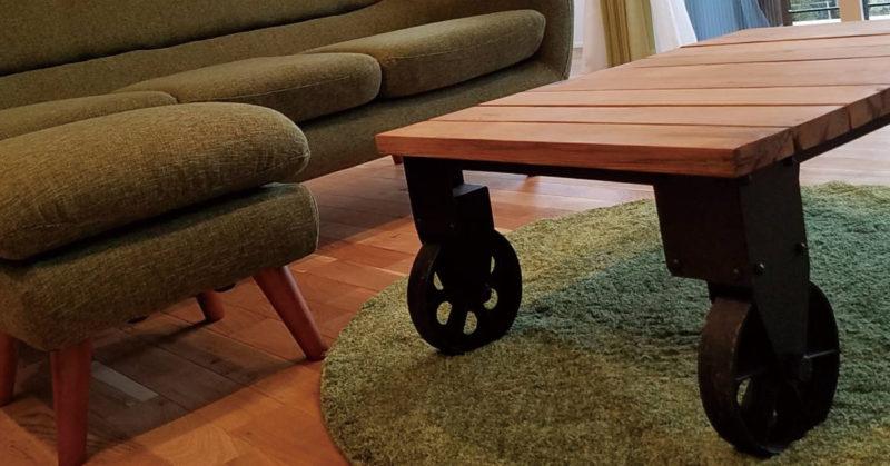 イエノワトロリーテーブル