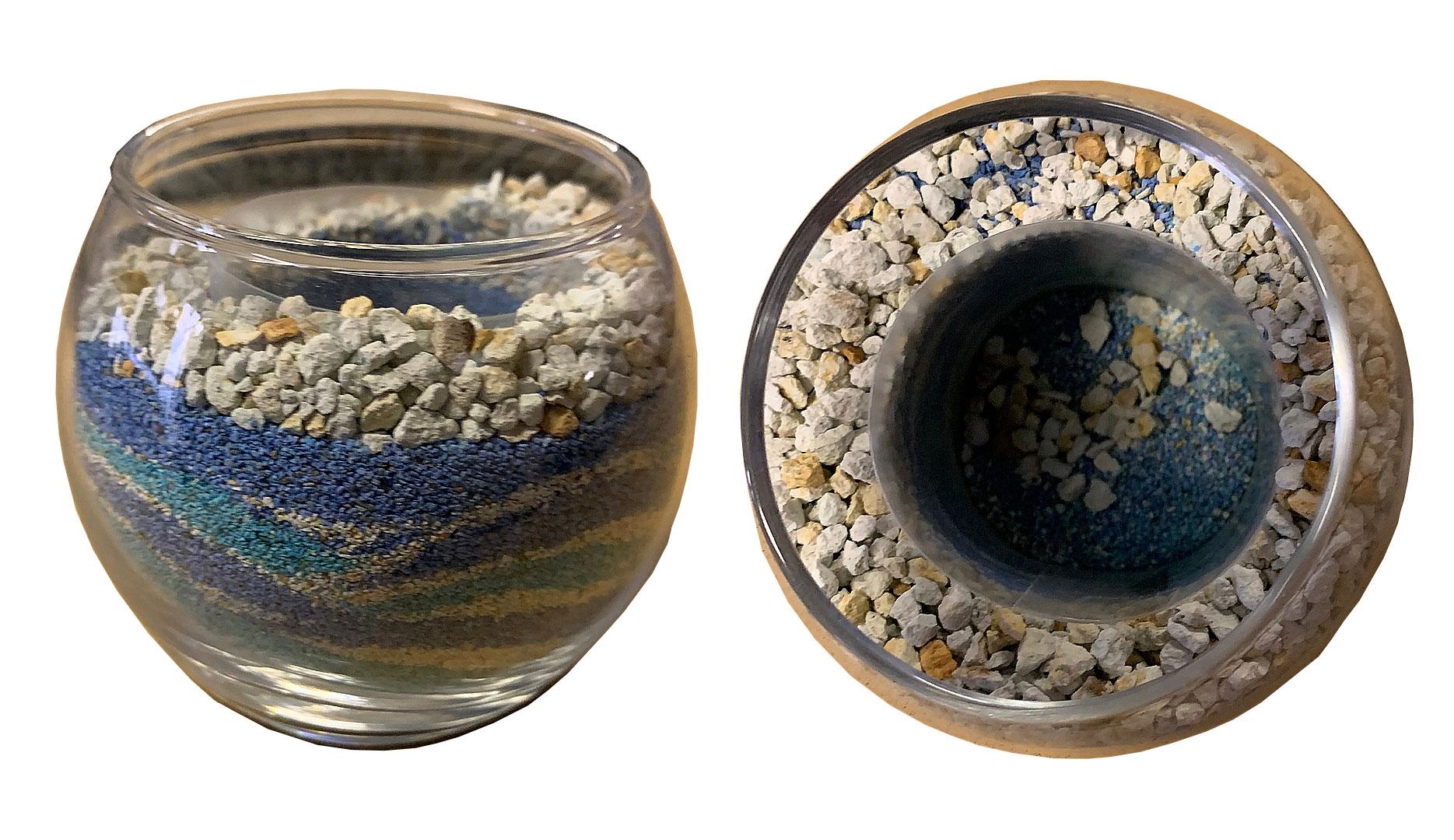 カラフルで綺麗なハイドロカルチャーのガラスの器と鉢の構造