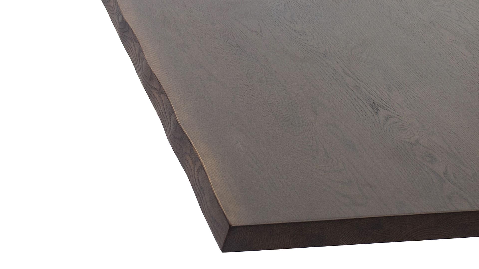 リビンズのダイニングテーブル「シュリエレ」のタモハギ無垢材びアンティーク色の画像