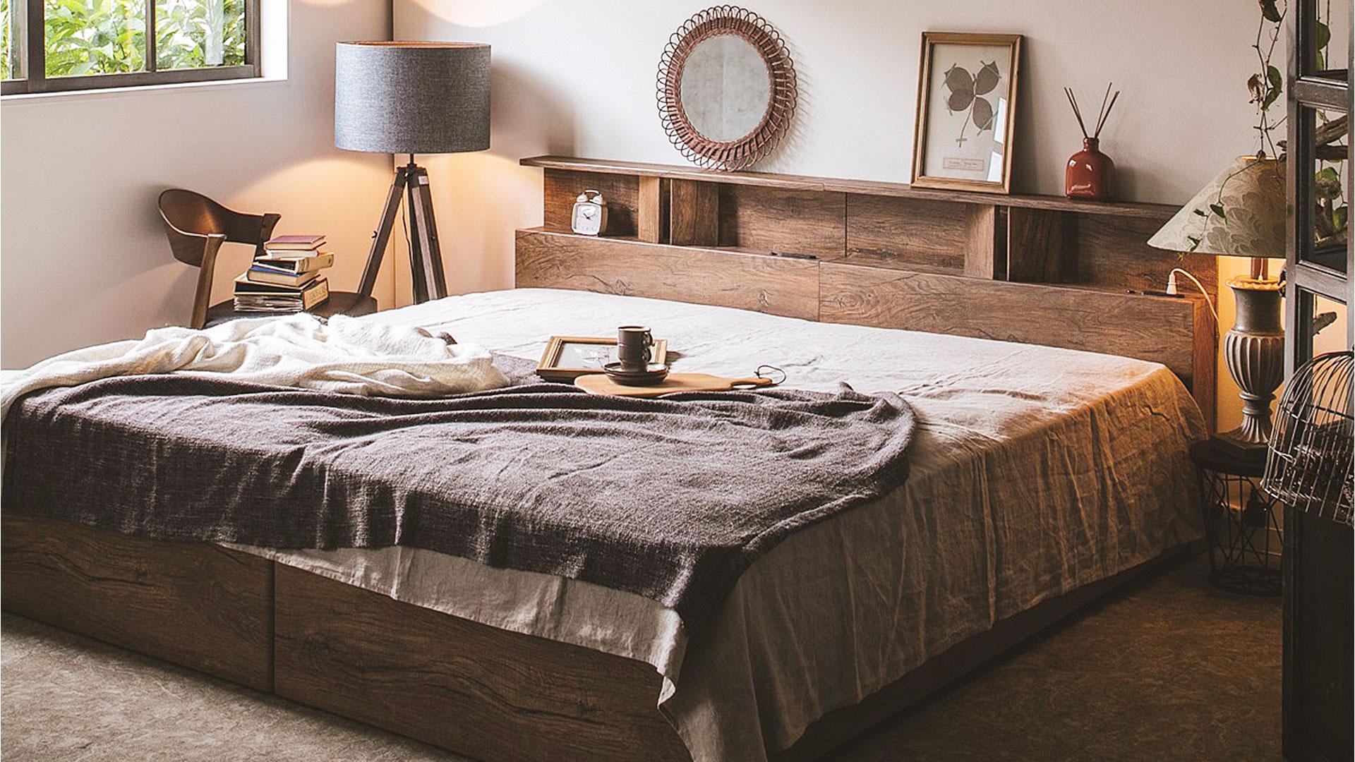 リビンズのベッドフレーム「サマール」の展示の画像