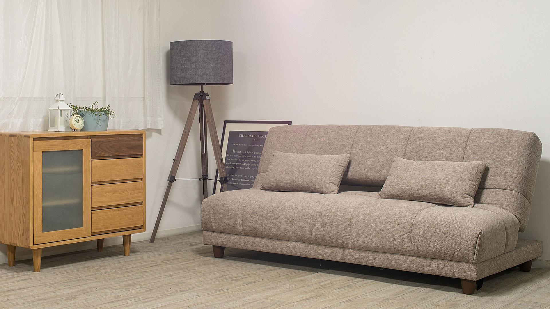 リビンズのソファーベッド「シャロン」のソファの時の画像