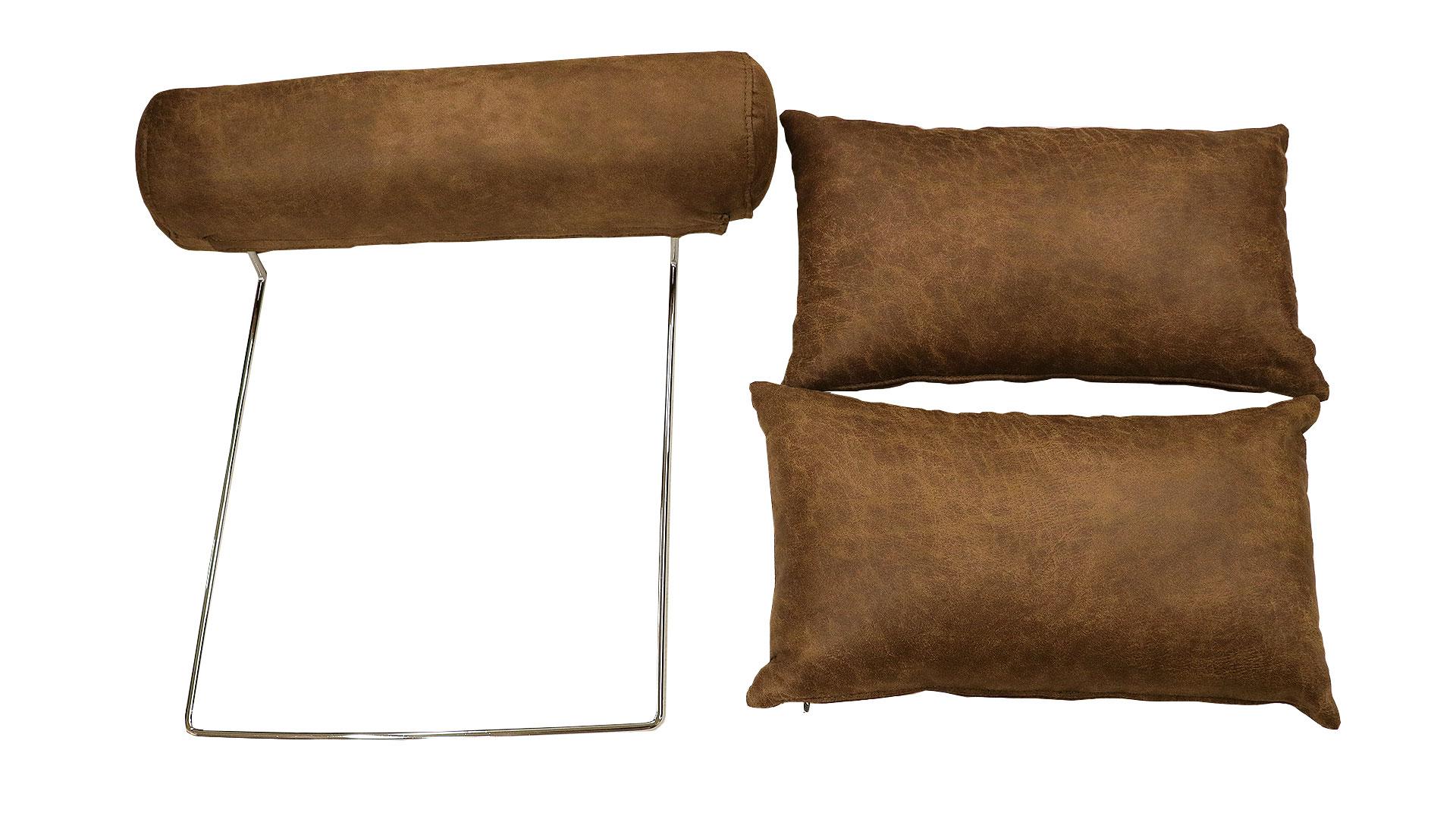 レザーテックス素材を使用した横幅185㎝のL字型の組み換えが出来るカウチソファ、コルサのヘッドレストとクッションの画像