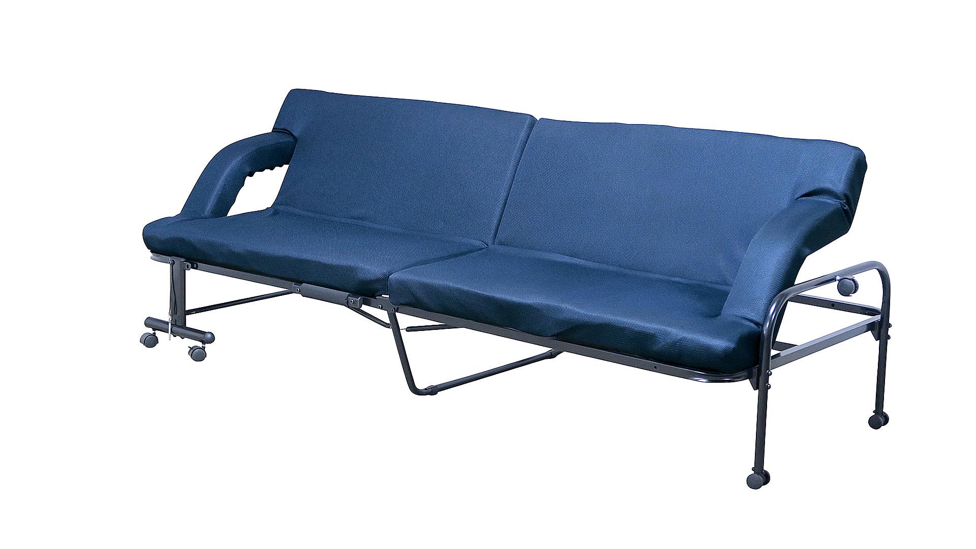 リビンズの折りたたみベッド「コルト」のソファの形にした画像