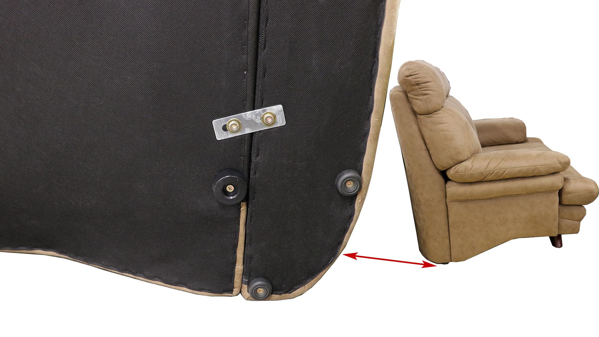 リビンズのソファ「ジェム」の裏面の連結部分の金具の画像