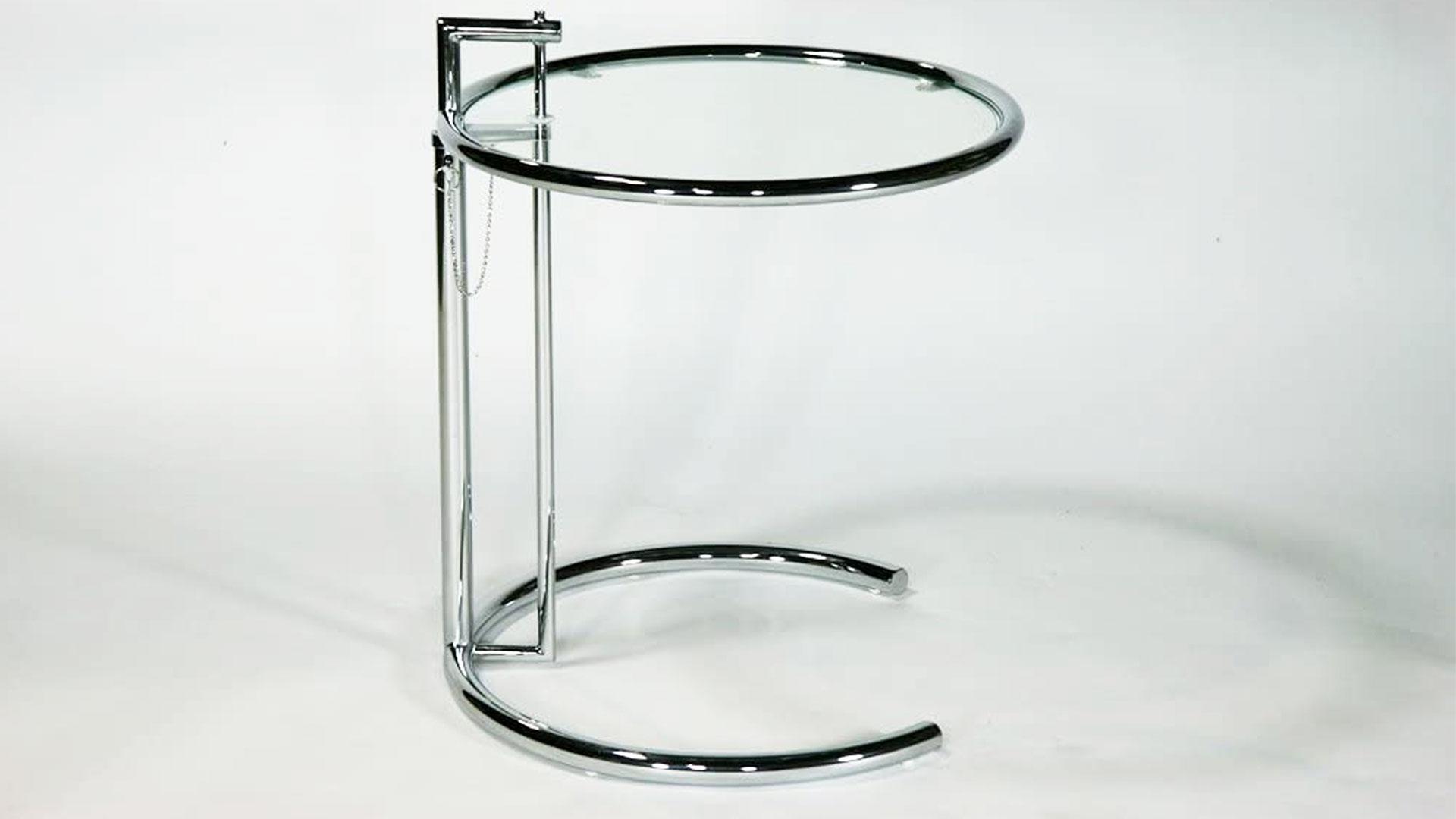 アイリーン・グレイのリプロダクトのサイドテーブル