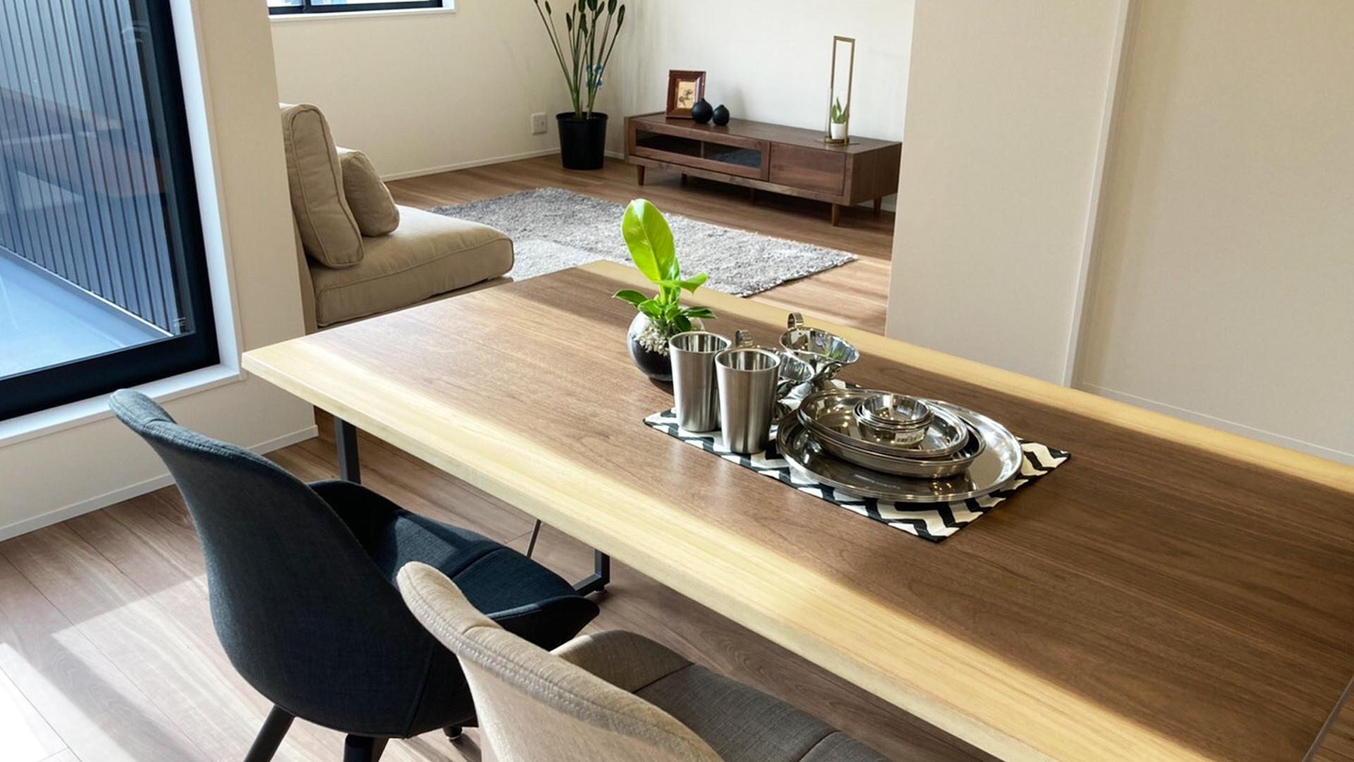 浜松市のレンタル家具・撮影用家具のマイサカ家具