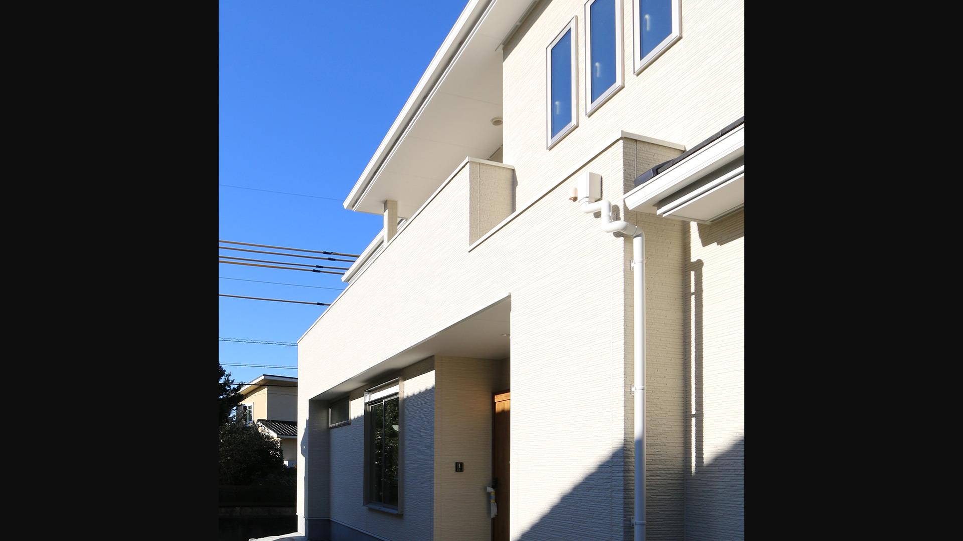 湖西市の柴田建築企画。レンタルリースのリビングの画像。