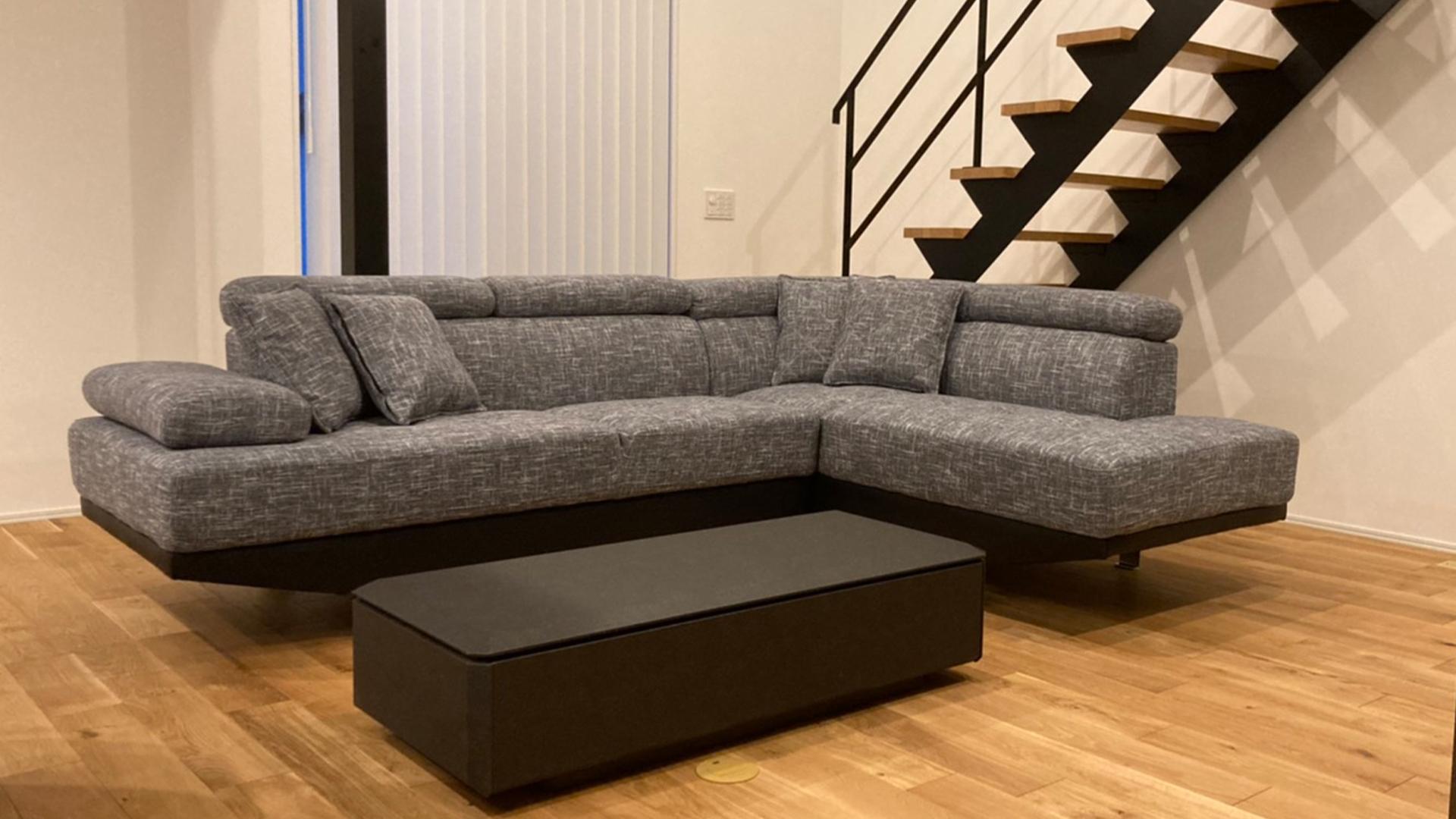 リビングに設置したソファ